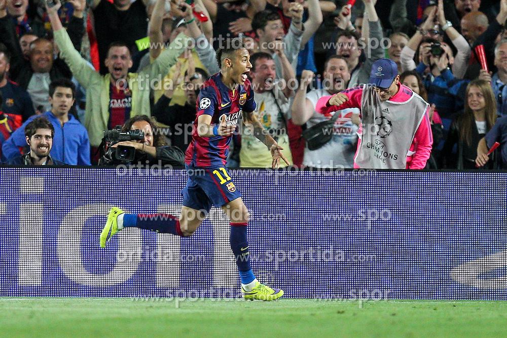 06.05.2015, Camp Nou, Barcelona, ESP, UEFA CL, FC Barcelona vs FC Bayern Muenchen, Halbfinale, Hinspiel, im Bild Torjubel von Neymar #11 (FC Barcelona) zum 3:0 // during the UEFA Champions League semi finals 1st Leg match between FC Barcelona and FC Bayern Munich at the Camp Nou in Barcelona, Spain on 2015/05/06. EXPA Pictures &copy; 2015, PhotoCredit: EXPA/ Eibner-Pressefoto/ Kolbert<br /> <br /> *****ATTENTION - OUT of GER*****