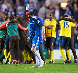 LONDON, ENGLAND - Wednesday, May 6, 2009: Chelsea's Juliano Belletti looks dejected as Barcelona celebrate their away goals victory during the UEFA Champions League Semi-Final 2nd Leg match at Stamford Bridge. (Photo by David Rawcliffe/Propaganda)