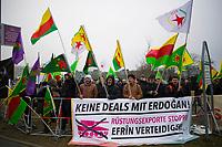 DEU, Deutschland, Germany, Berlin, 15.02.2018: Kurden protestieren gegen den Staatsbesuch des türkischen Ministerpräsidenten Binali Yildirim.