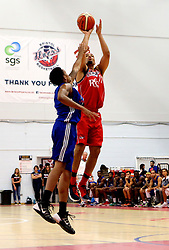 Greg Streete shoots at the basket - Mandatory by-line: Robbie Stephenson/JMP - 08/09/2016 - BASKETBALL - SGS Arena - Bristol, England - Bristol Flyers v USA Select - Preseason Friendly