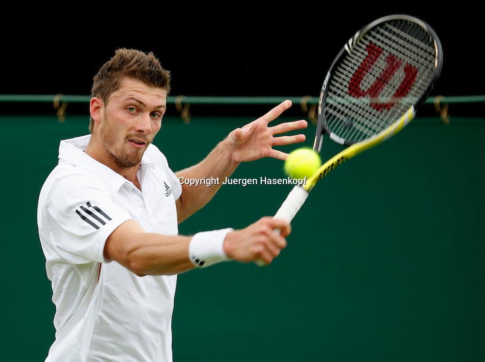 Wimbledon 2010,Sport, Tennis, ITF Grand Slam Tournament, Daniel Brands (GER),..Foto: Juergen Hasenkopf..