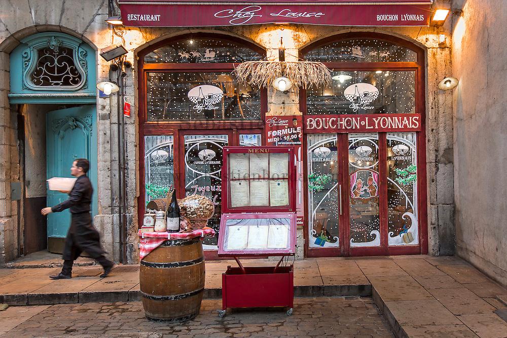 Vieux Lyon Restaurant Bouchon Lyonnais