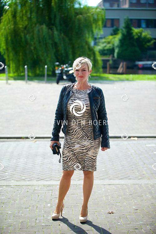 AMSTERDAM - Talkies Lifestylelunch bij The Oyster Club is een jaarlijks event. Met hier op de foto  Lone van Roosendaal. FOTO LEVIN DEN BOER - PERSFOTO.NU