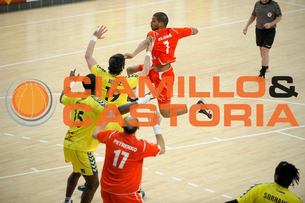 DESCRIZIONE : France Ligue Hand Coupe de France Paris Toulouse 8 iemes de Finale 05/03/2010<br /> GIOCATORE : Claire Nicolas<br /> SQUADRA : Paris<br /> EVENTO : France Hand Coupe de France Paris Toulouse<br /> GARA : Paris Toulouse<br /> DATA : 05/03/2010<br /> CATEGORIA : Handball Paris Homme <br /> SPORT : HandBall<br /> AUTORE : JF Molliere par Agenzia Ciamillo-Castoria <br /> Galleria : France Hand Coupe de France Homme 2009/2010  <br /> Fotonotizia : France Hand Coupe de France Paris Toulouse 8 iemes de Finale 05/03/2010<br /> Predefinita :