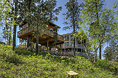 Awesome Hobbit Treehouse