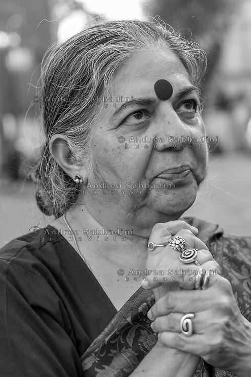 Roma, 10/07/2017: Vandana Shiva ,attivista e ambientalista indiana, beve l'acqua da un &quot;nasone&quot;, Campidoglio.<br /> &copy; Andrea Sabbadini