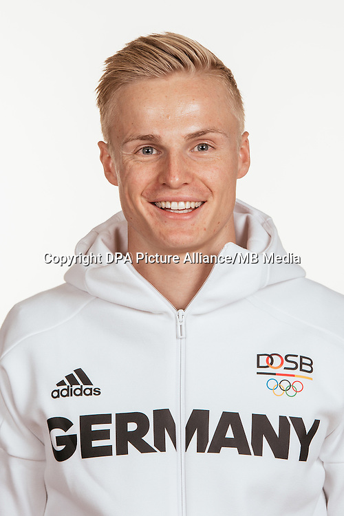 Gregor Traberposes at a photocall during the preparations for the Olympic Games in Rio at the Emmich Cambrai Barracks in Hanover, Germany, taken on 15/07/16 | usage worldwide