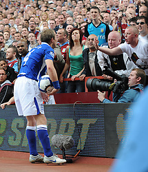 Lee Bowyer Birmingham City gets abuse from the Villa fans. Aston Villa v Birmingham City, Villa Park, England, 25th April 2010.