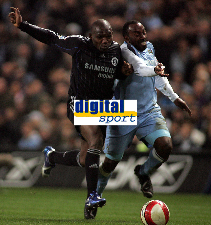Photo: Paul Thomas.<br /> Manchester City v Chelsea. The Barclays Premiership. 14/03/2007.<br /> <br /> Geremi (L) of Chelsea battles Darius Vassell.