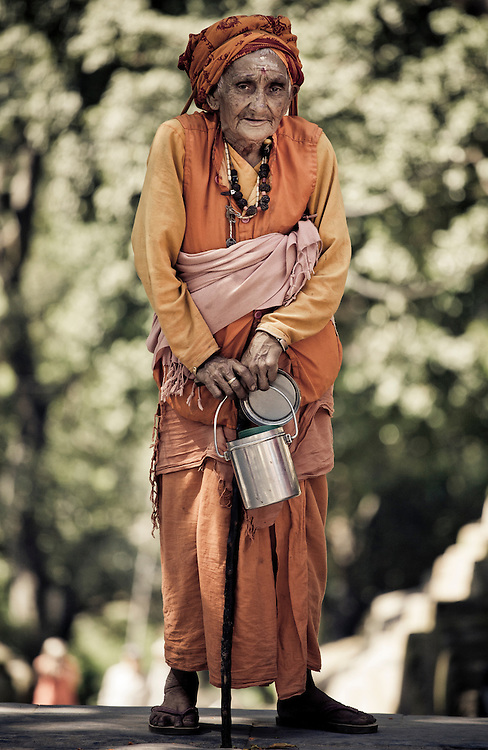 Elderly Hindu woman wearing a sari.