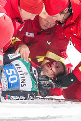 06.01.2015, Paul Ausserleitner Schanze, Bischofshofen, AUT, FIS Ski Sprung Weltcup, 63. Vierschanzentournee, Finale, im Bild Sturz von Simon Ammann (SUI) // Simon Ammann of Switzerland crashed during Final Jump of 63 rd Four Hills Tournament of FIS Ski Jumping World Cup at the Paul Ausserleitner Schanze, Bischofshofen, Austria on 2015/01/06. EXPA Pictures © 2015, PhotoCredit: EXPA/ JFK