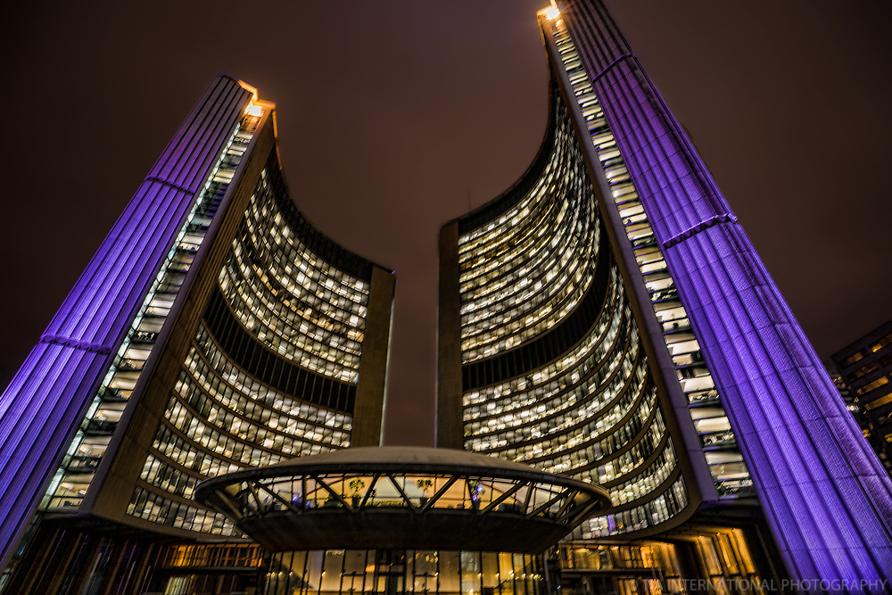 Toronto City Hall, Nathan Phillips Square