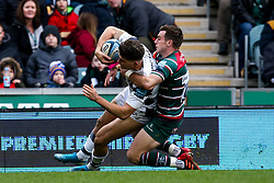 Piers O'Conor of Bristol Bears takes on George Ford of Leicester Tigers on his way to scoring a try - Mandatory by-line: Robbie Stephenson/JMP - 04/01/2020 - RUGBY - Welford Road - Leicester, England - Leicester Tigers v Bristol Bears - Gallagher Premiership Rugby