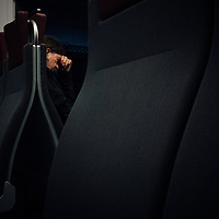 HSSU 20150421 N-Juna, Kuukausiliite. Nukkuva mies. Kuva: Benjamin Suomela