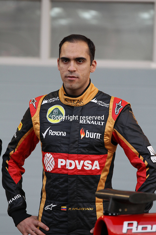 21.02.2014. Bahrain. Formula One testing, second series in Bahrain.  Pastor Maldonado, Lotus Renault, F1 Team, formula 1 GP, Test Bahrain