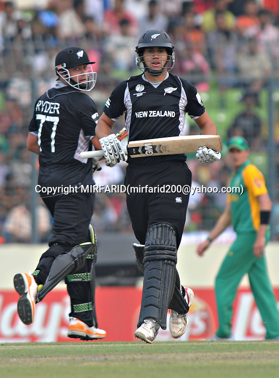 Jesse Ryder and Ross Taylor during the ICC Cricket World Cup quarter final match between South Africa and New Zealand held at the Shere Bangla National Stadium, Mirpur, Bangladesh on the 25 March 2011..Photo by SPORTZPICS