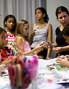 Belo Horizonte_MG, Brasil...Oficina de bonecos em um hospital...The doll workshop in the hospital...Foto: BRUNO MAGALHAES /  NITRO