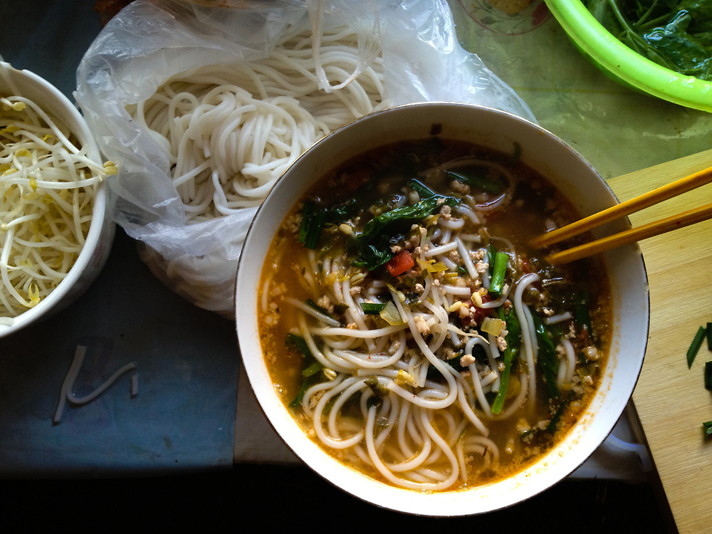 Mixian (rice noodles) is the most popular dish in Yunnan.