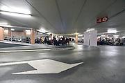 Nederland, The Netherlands, 16-7-2016Recreatie, ontspanning, cultuur, dans, theater en muziek in de binnenstad. Onlosmakelijk met de vierdaagse, 4daagse, zijn in Nijmegen de vierdaagse feesten, de zomerfeesten. Talrijke podia staat een keur aan artiesten, voor elk wat wils. Een week lang elke avond komen ruim honderdduizend bezoekers naar de stad. De politie heeft inmiddels grote ervaring met het spreiden van de mensen, het zgn. crowd control. De vierdaagsefeesten zijn het grootste evenement van Nederland en verbonden met de wandelvierdaagse. Klassiek concert in een parkeergarageFoto: Flip Franssen