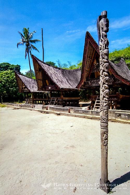 Indonesia, Sumatra. Samosir. Simanindo on the northern tip of Samosir is the cultural center of Samosir, with a museum. Traditional Batak building.