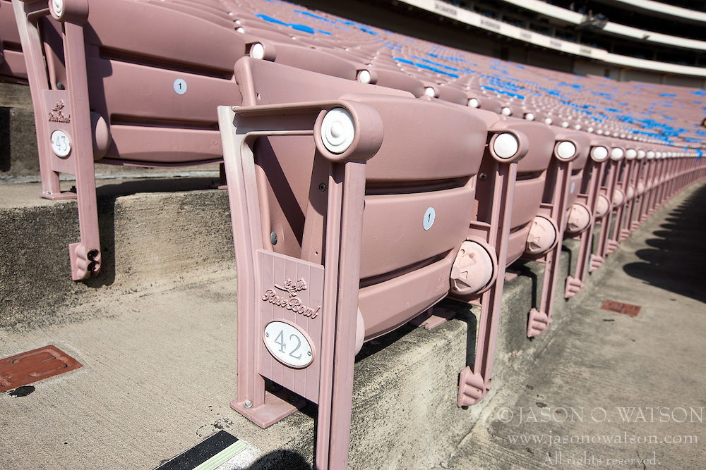 PASADENA, CA - SEPTEMBER 05:  Detailed view of a row of seats at the Rose Bowl before the game between the UCLA Bruins and the Virginia Cavaliers on September 5, 2015 in Pasadena, California.  The UCLA Bruins defeated the Virginia Cavaliers 34-16. (Photo by Jason O. Watson/Getty Images) *** Local Caption ***