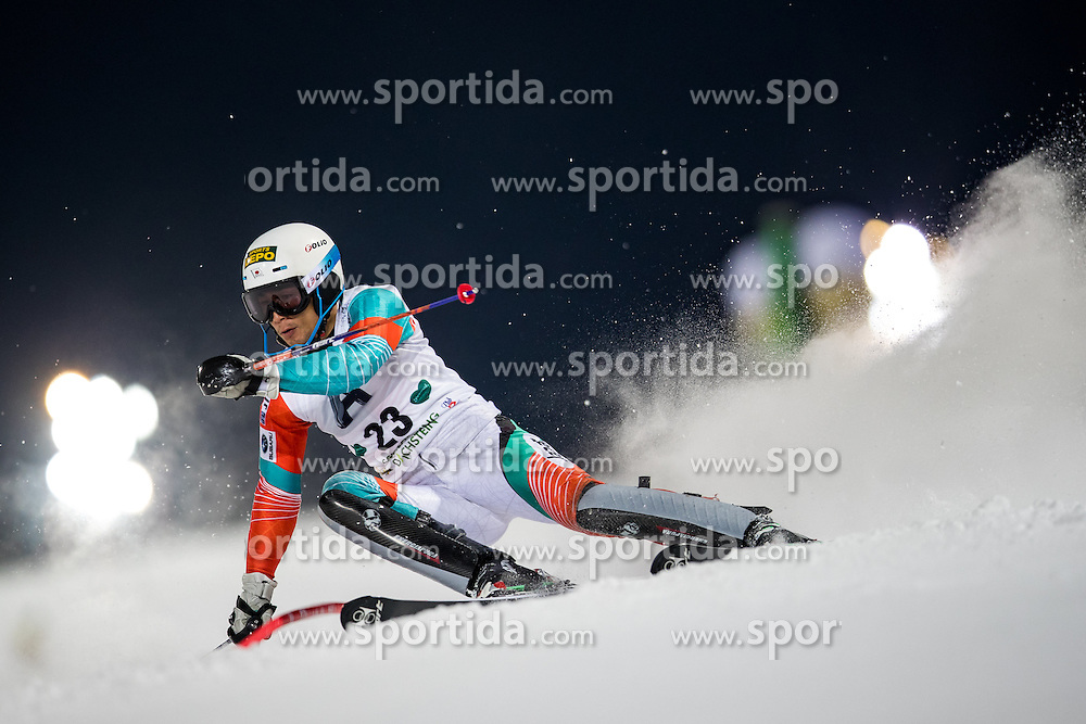 24.01.2017, Planai, Schladming, AUT, FIS Weltcup Ski Alpin, Schladming, Slalom, Herren, 1. Lauf, im Bild Naoki Yuasa (JPN) // Naoki Yuasa of Japan in action during his 1st run of men's Slalom of FIS ski alpine world cup at the Planai in Schladming, Austria on 2017/01/24. EXPA Pictures © 2017, PhotoCredit: EXPA/ Johann Groder