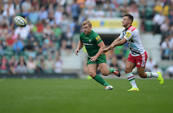 Harlequins Scrum-Half Danny Care passes the ball.- Photo mandatory by-line: Alex James/JMP - 07966 386802 - 06/09/2014 - SPORT - RUGBY UNION - London, England - Twickenham Stadium - Saracens v Wasps - Aviva Premiership London Double Header.