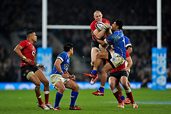 Mike Brown of England claims the ball in the air - Photo mandatory by-line: Patrick Khachfe/JMP - Mobile: 07966 386802 22/11/2014 - SPORT - RUGBY UNION - London - Twickenham Stadium - England v Samoa - QBE Internationals