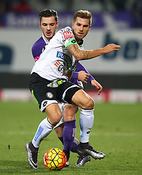 02.12.2015, Generali Arena, Wien, AUT, 1. FBL, FK Austria Wien vs SK Puntigamer Sturm Graz, 18. Runde, im Bild Christoph Martschinko (FK Austria Wien) und Thorsten Schick (SK Puntigamer Sturm Graz) // during Austrian Football Bundesliga Match, 18th Round, between FK Austria Vienna and SK Puntigamer Sturm Graz at the Generali Arena, Vienna, Austria on 2015/12/02. EXPA Pictures © 2015, PhotoCredit: EXPA/ Thomas Haumer