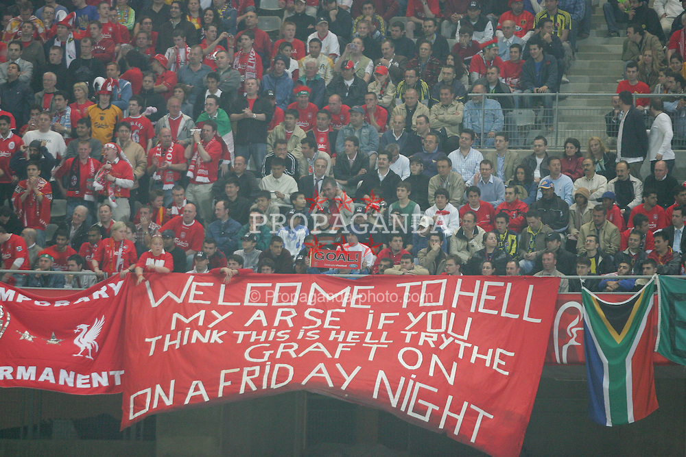 ISTANBUL, TURKEY - WEDNESDAY, MAY 25th, 2005: Liverpool fans' Grafton flag makes a return to Turkey against AC Milan during the UEFA Champions League Final at the Ataturk Olympic Stadium, Istanbul. (Pic by David Rawcliffe/Propaganda)