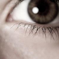 Close up of a girls eye with lashes