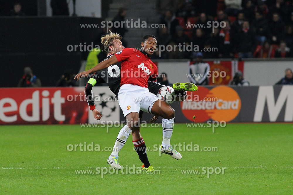 27.11.2013, BayArena, Leverkusen, GER, UEFA CL, Bayer Leverkusen vs Manchester United, Gruppe A, im Bild Simon Rolfes ( links Bayer 04 Leverkusen ) im Zweikampf mit Nani ( rechts Manchester United / Action / Aktion ) // during UEFA Champions League group A match between Bayer Leverkusen vs Manchester United at the BayArena in Leverkusen, Germany on 2013/11/28. EXPA Pictures &copy; 2013, PhotoCredit: EXPA/ Eibner-Pressefoto/ Thienel<br /> <br /> *****ATTENTION - OUT of GER*****