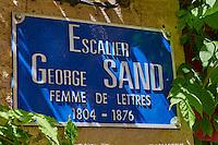 France, Cher (18), Bourges, centre historique, panneau pour escalier George Sand // France, Cher (18), Bourges, historic center, George Sand stairs