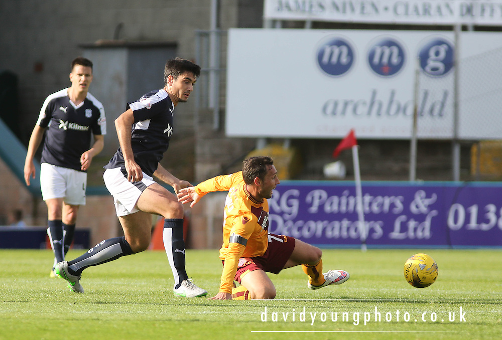 Dundee&rsquo;s Julen Etxabeguren and Motherwell&rsquo;s Scott McDonald - Dundee v Motherwell - Ladbrokes Premiership at Dens Park<br /> <br /> <br />  - &copy; David Young - www.davidyoungphoto.co.uk - email: davidyoungphoto@gmail.com