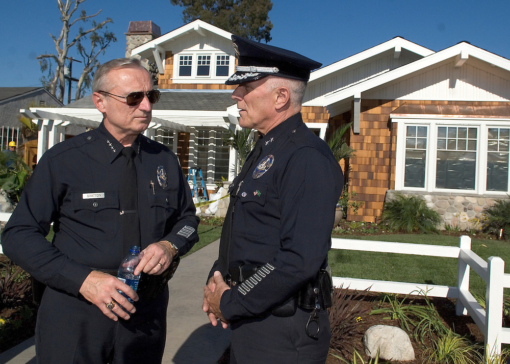 REDONDO BEACH, CA - 10/18/06  - LAPD Police Chief BRATTON and Deputy Chief GARY J. BRENNAN in front of KRISTINA RIPATTI's new home before the unveiling on October 18th, 2006 in Redondo Beach, CA.Officer Ripatti was severely injured when an ex-convict shot her after robbing a gas station in Los Angeles on June 3rd, 2006.