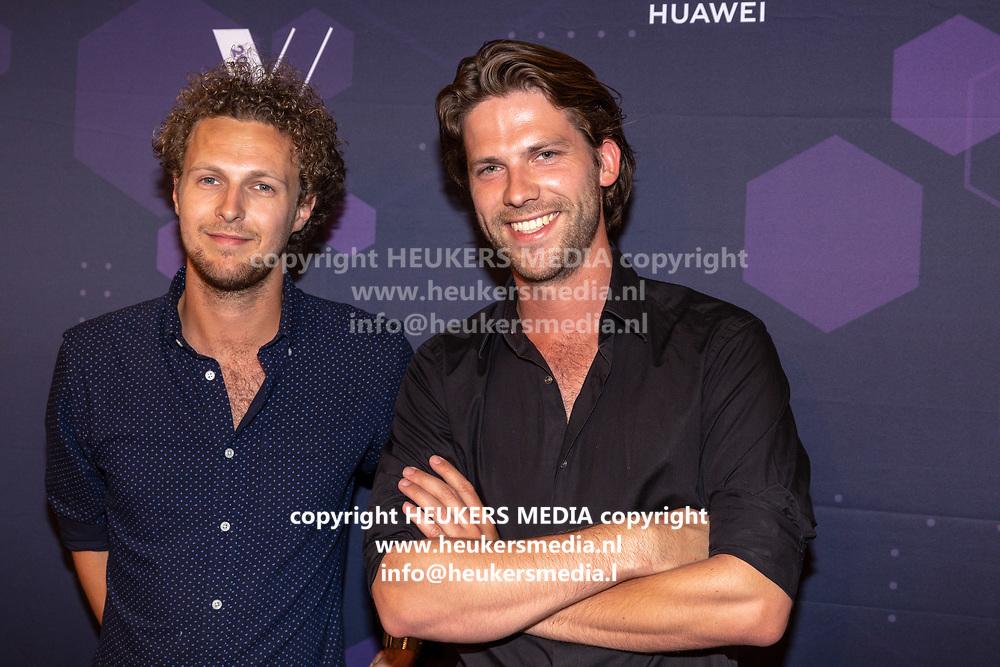 B. Amsterdam. Best Social Awards 2018. Op de foto: Tim Senders en Thomas van der Vlugt