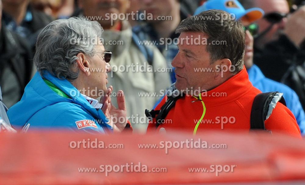 20.03.2015, Roc de Fer, Meribel, FRA, FIS Weltcup Ski Alpin, Meribel, Teambewerb, im Bild v.l. Klaus Kärcher (Manager von anna Fenninger), Dr. Klaus Leistner (OeSV Generalsekretär) // Klaus Kaercher (Manager of Anna Fenninger) ( L ), Dr. Klaus Leistner (Secretary General of Austrian Ski Federation) ( R ) during the Nation Grand Prix of FIS World Cup finals at the Roc de Fer in Meribel, France on 2015/03/20. EXPA Pictures © 2015, PhotoCredit: EXPA/ Erich Spiess