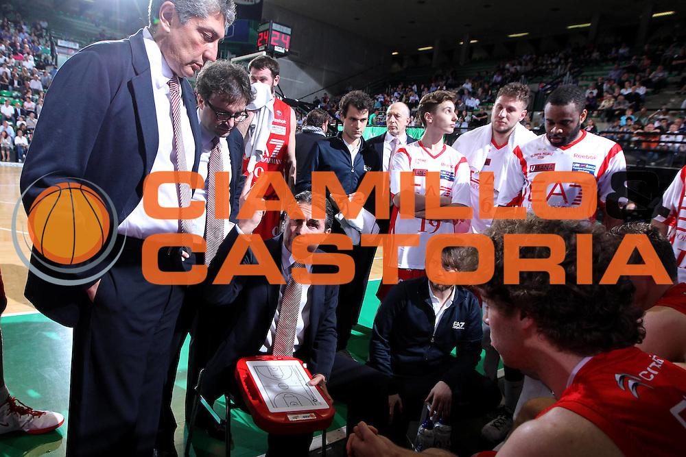 DESCRIZIONE : Treviso Lega A 2011-12 Benetton Treviso EA7 Emporio Armani Milano<br /> GIOCATORE : sergio scariolo coach<br /> SQUADRA : Benetton Treviso EA7 Emporio Armani Milano<br /> EVENTO : Campionato Lega A 2011-2012 <br /> GARA : Benetton Treviso EA7 Emporio Armani Milano<br /> DATA : 02/05/2012<br /> CATEGORIA : Time Out<br /> SPORT : Pallacanestro <br /> AUTORE : Agenzia Ciamillo-Castoria/G.Contessa<br /> Galleria : Lega Basket A 2011-2012 <br /> Fotonotizia : Treviso Lega A 2011-12 Benetton Treviso EA7 Emporio Armani Milano<br /> Predfinita :