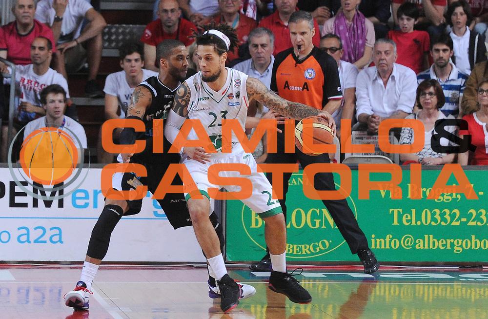 DESCRIZIONE : Varese Lega A 2012-13 Play Off Semifinali Gara7 Cimberio Varese Montepaschi Siena<br /> GIOCATORE : Daniel Hackett<br /> SQUADRA : Montepaschi Siena<br /> EVENTO : Campionato Lega A 2012-2013<br /> GARA :  Cimberio Varese Montepaschi Siena<br /> DATA : 07/06/2013<br /> CATEGORIA : Palleggio Attacco Controcampo<br /> SPORT : Pallacanestro<br /> AUTORE : Agenzia Ciamillo-Castoria/A.Giberti<br /> Galleria : Lega Basket A 2012-2013<br /> Fotonotizia : Varese Lega A 2012-13 Play Off Semifinali Gara7 Cimberio Varese Montepaschi Siena<br /> Predefinita :