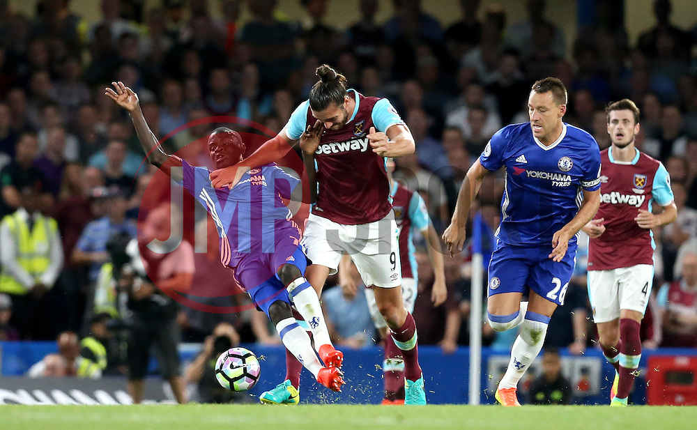 Andy Carroll of West Ham United tries to get past the tackle from Ngolo Kante of Chelsea - Mandatory by-line: Robbie Stephenson/JMP - 15/08/2016 - FOOTBALL - Stamford Bridge - London, England - Chelsea v West Ham United - Premier League