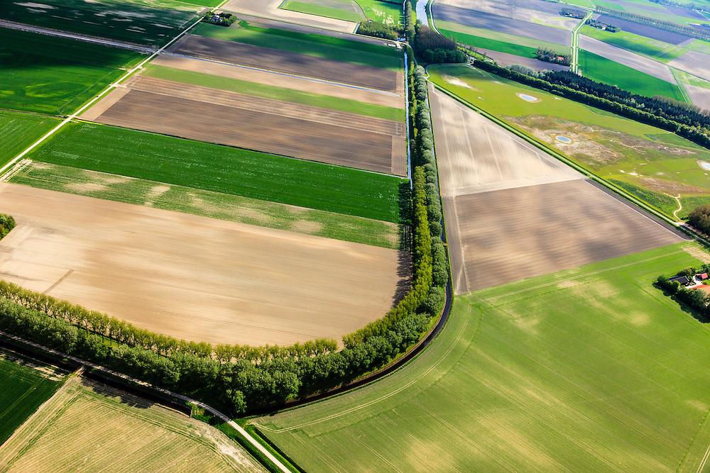 Nederland, Zeeland, Gemeente Sas van Gent, 09-05-2013; De Oude Zeekering, bij de Braakmanpolder in Zeeuws-Vlaanderen.<br /> Oude Zeekering (old sea barrage) near the polder Braakman in Zeeuws-Vlaanderen,  the south-west part of the province of Zeeland.luchtfoto (toeslag op standard tarieven);<br /> aerial photo (additional fee required);<br /> copyright foto/photo Siebe Swart.