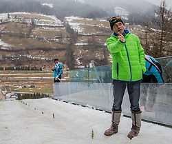 11.01.2015, Kulm, Bad Mitterndorf, AUT, FIS Ski Flug Weltcup, bei der Besichtigung der Anlaufspur, im Bild Hubert Neuper // during the visit of the in run of the FIS Ski Flying World Cup at the Kulm, Bad Mitterndorf, Austria on 2015/01/11, EXPA Pictures © 2015, PhotoCredit: EXPA/ Dominik Angerer