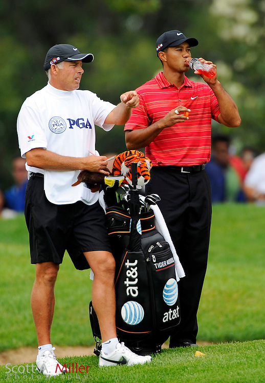 Aug. 16, 2009: Chaska, MN, USA; Tiger Woods (USA) and his caddie Steve Williams during the 2009 PGA Championship at Hazeltine National Golf Club.  ..©2009 Scott A. Miller