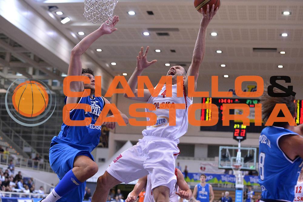 DESCRIZIONE : Trento Basket Cup 2013 Italia Polonia<br /> GIOCATORE : Lukasz Wisniewski<br /> CATEGORIA : Tiro<br /> SQUADRA : Nazionale Italia Uomini Maschile<br /> EVENTO : Trento Basket Cup 2013 Italia Polonia<br /> GARA : Italia Polonia<br /> DATA : 09/08/2013<br /> SPORT : Pallacanestro<br /> AUTORE : Agenzia Ciamillo-Castoria/GiulioCiamillo<br /> Galleria : FIP Nazionali 2013<br /> Fotonotizia : Trento Basket Cup 2013 Italia Polonia<br /> Predefinita :