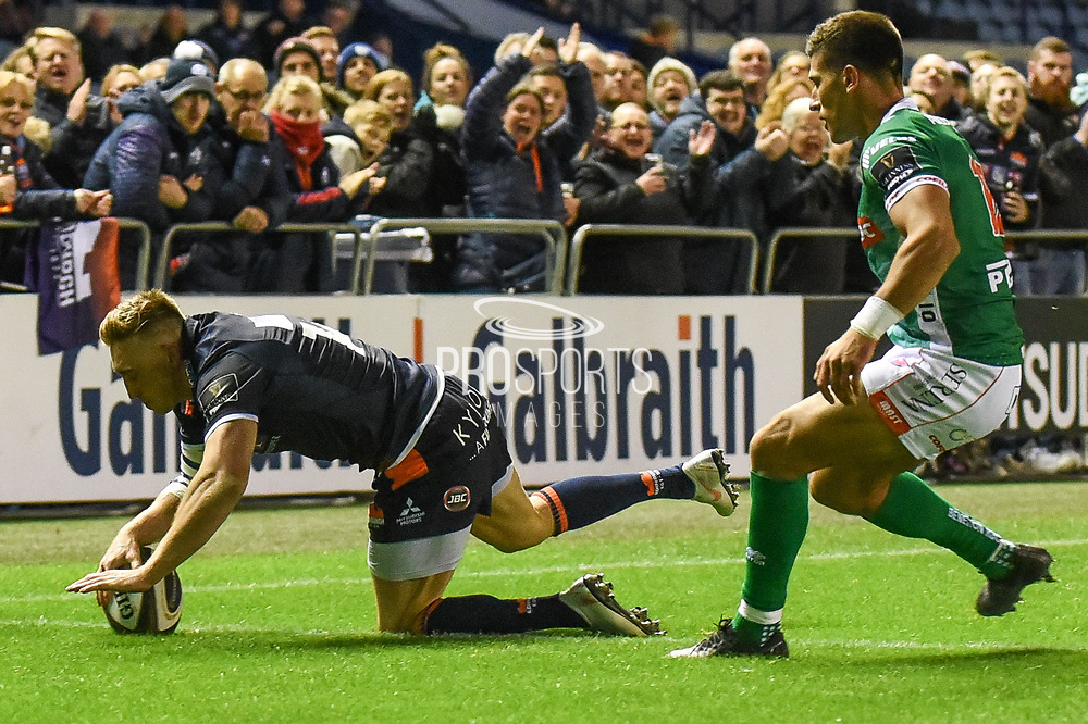 The easiest of tries for Dougie Fife during the Guinness Pro 14 2018_19 match between Edinburgh Rugby and Benetton Treviso at Murrayfield Stadium, Edinburgh, Scotland on 28 September 2018.