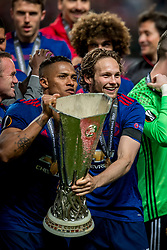 24-05-2017 SWE: Final Europa League AFC Ajax - Manchester United, Stockholm<br /> Finale Europa League tussen Ajax en Manchester United in het Friends Arena te Stockholm / Daley Blind #17 of Manchester United, Antonio Valencia (C) #20 of Manchester United
