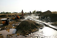 Open pit, golddiggers, Ghana