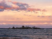 https://Duncan.co/storm-at-chimney-island