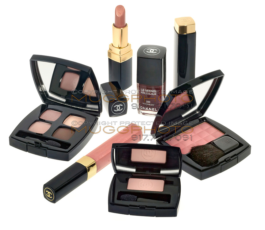 chanel makeup kit