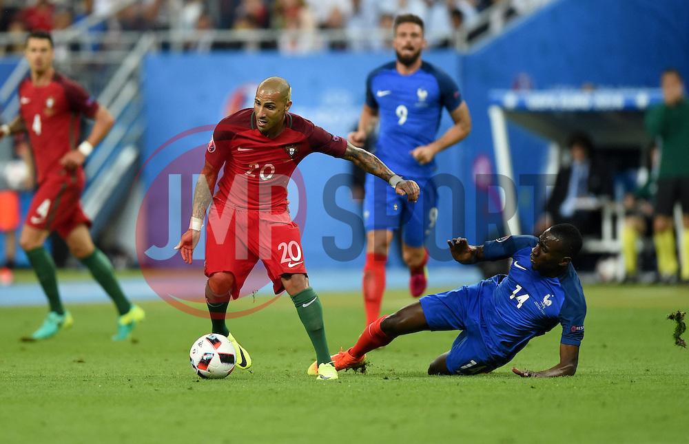 Ricardo Quaresma of Portugal battles for the ball with Blaise Matuidi of France  - Mandatory by-line: Joe Meredith/JMP - 10/07/2016 - FOOTBALL - Stade de France - Saint-Denis, France - Portugal v France - UEFA European Championship Final
